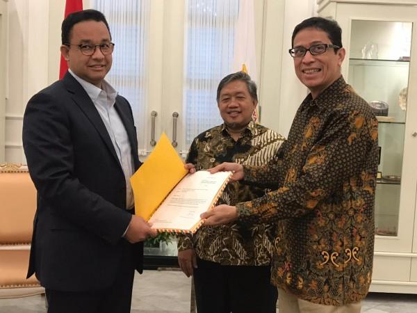 Nurmansjah Lubis (kanan) dan Anies Baswedan (Foto:  DPTW PKS DKI JAKARTA)