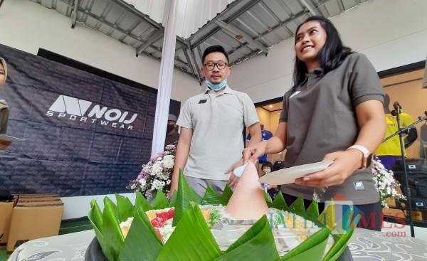 Kaleda Pramoda Wardani selaku Komisaris Utama PT.Noij Indonesia Global Store saat melaunching Noij Store (Eko Arif S/ JatimTIMES)