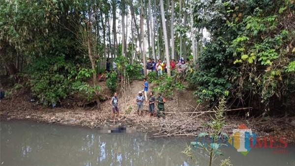 Hilang Sehari Semalam, Pekerja Toko Bangunan Ditemukan Terapung di Sungai