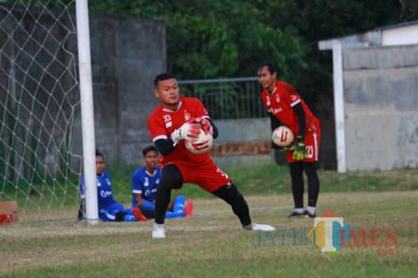 Pemain Persik Kediri saat menjalani latihan di Stadion Brawijaya. (ist)