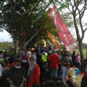 Air War Show dan Latihan Tempur TNI di Lumajang Sedot Perhatian Ribuan Orang