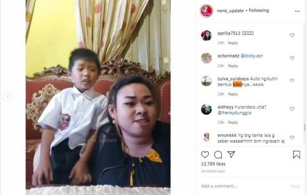 Emak-emak darah tinggi ajari anaknya. (Foto: Instagram @nek_update)