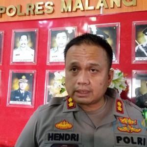 Sejak Senin, Aktivis Pembuat Meme Bupati Sanusi Ditahan di Mapolres Malang