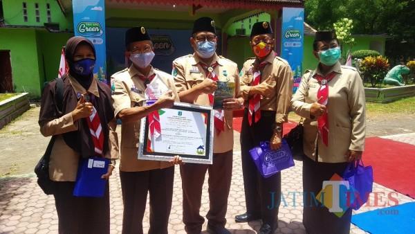 Eat Java Green Scout Innovation, Kwarcab Pramuka Bondowoso Bedah Rumah 7 Warga