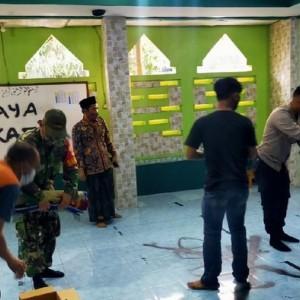 Al-Qur'an Dirobek Hingga Coretan Anti Islam, Aksi Vandalisme di Musala di Tangerang Ini Bikin Publik Geram