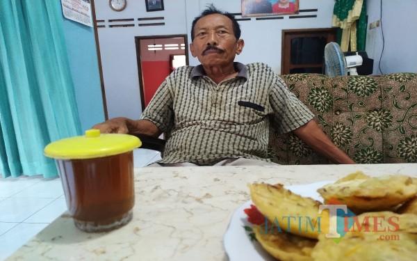 Triman, eks Tapol saat ditemui dirumahnya Ngentrong Campurdarat / Foto : Anang Basso / Tulungagung TIMES