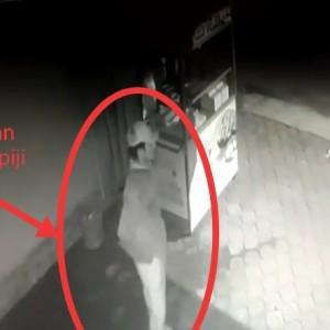 Aksi Maling Elpiji Milik PKL Terekam CCTV