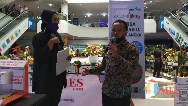 General Manager JatimTIMES Network, Heriyanto saat membuka pameran virtual bunga terbesar dan pertama di Malang Raya (Pipit Anggraeni/MalangTIMES).