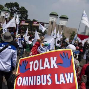 Bakal Mogok Nasional, Ini 7 Alasan Buruh Tolak Omnibus Law
