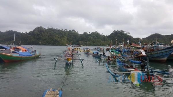 Perahu milik nelayan di Sendang Biru sesaat sebelum melaut mencari ikan (Foto: Dokumen MalangTIMES)