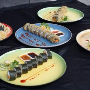 Shokudo Restaurant Kontena Hotel Suguhkan Sushi Unik, Ada Rasa Ayam Geprek dan Rawon