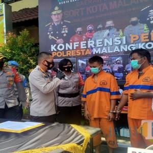 Berkat GPS, Kurir dan Penadah Motor Curian Dicokok Polisi di Pasuruan