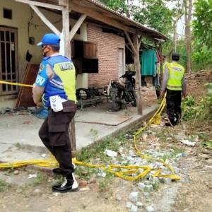 Punya Riwayat Sakit Asma, Pria 45 Tahun di Kabupaten Kediri Ditemukan Membusuk di Rumah