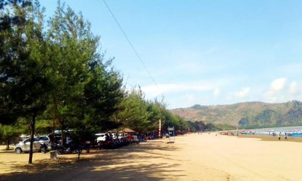 Pantai Gemah Tulungagung (ist)