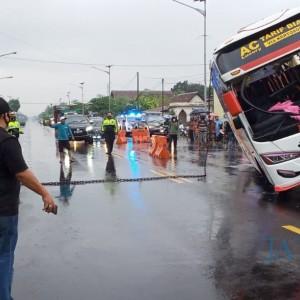 Bagong Terguling, Polisi Agendakan Pemeriksaan Sopir Bus