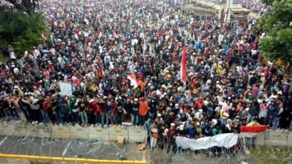 Aksi 1310 di sekitar Patung Kuda, Jakarta (Foto: Viva)