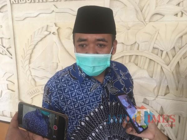 Plt Ketua DPRD Kabupaten Malang, Sodikul Amin saat mengkritisi capaian Pemkab Malang selama 5 tahun pemerintahan (Foto : Ashaq Lupito / MalangTIMES)