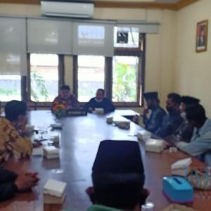 Pembentukan BPD Desa Klapayan Dinilai Tak Profesional, KPK Datangi Komisi A DPRD Bangkalan