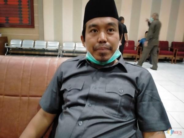 Wakil Ketua DPRD Kabupaten Sumenep, Indra Wahyudi mengutuk keras tindakan Persekusi, Represif maupun Bullying kepada aktivis (Foto: Syaiful Ramadhani/JatimTIMES)