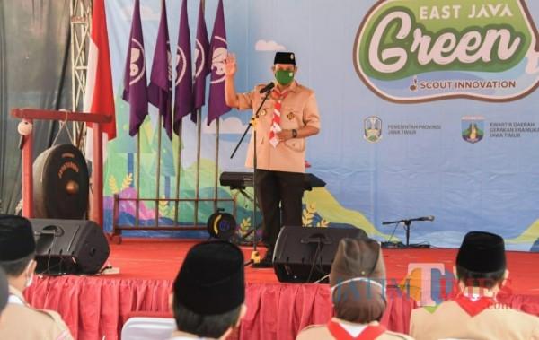 Wali Kota Kediri Abdullah Abu Bakar saat memberikan  pesan kepada seluruh anggota pramuka Kota Kediri.(ist)