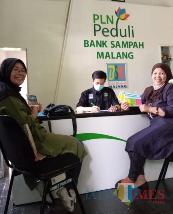 Dapat Bantuan Program CSR, Bank Sampah Malang Beli Pikap