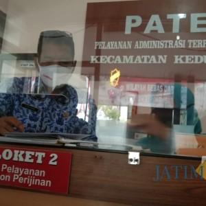 Setelah Lockdown Seminggu, Kantor Camat Kedungwaru Beroperasi dengan Prokes Ketat