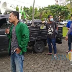 Aktivis Gelora Bangkalan Nilai Disperinaker Lambat Berdayakan BLK Pesantren