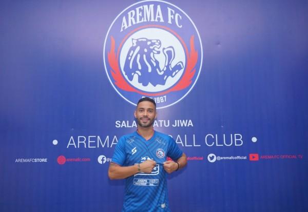 Bruno Smith saat dikenalkan Arema FC sebagai pemain baru (official Arema FC)