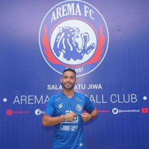 Sembuh dari Covid-19, Bruno Smith Resmi Jadi Pemain Arema FC