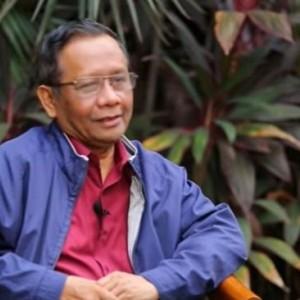 Tuai Kritik Keras dari Beberapa Pihak, Mahfud MD Tegaskan UU Cipta Kerja Jalan Terus