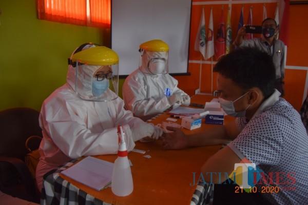 Paslon menjalani rapid test sebelum debat paslon digelar