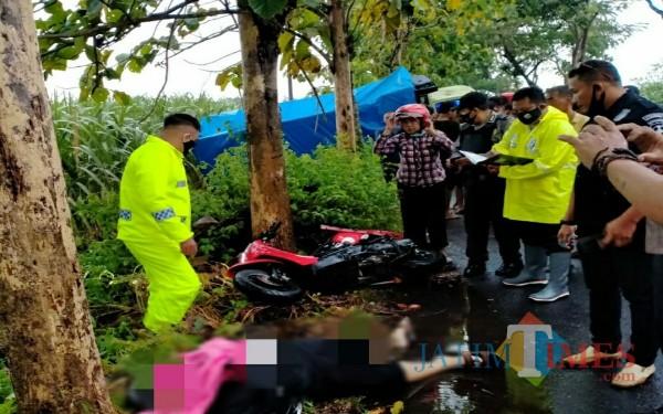Petugas lakukan olah TKP di Bangoan Kecamatan Kedungwaru / Foto : Dokpol / Tulungagung TIMES