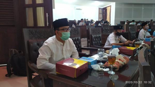 Anggota Pansus Retribusi Jasa Usaha dari Fraksi PKS, Bayu Rekso Aji saat menghadiri agenda Rapat Paripurna di Gedung DPRD Kota Malang. (Foto: Istimewa).