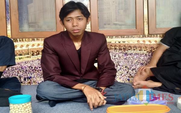 Muhammad Munjiat, putra kedua Gus Nur saat ditemui dikediamannya (Anggara Sudiongko/MalangTIMES)