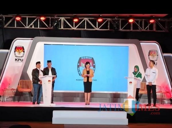 Debat Perdana Pilbup Blitar Berjalan Tak Imbang, Rijanto-Marhaenis Unggul Mendominasi