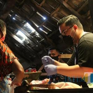 Blusukan ke Pasar Tradisional, Mas Dhito Tampung Aspirasi Pedagang Pasar