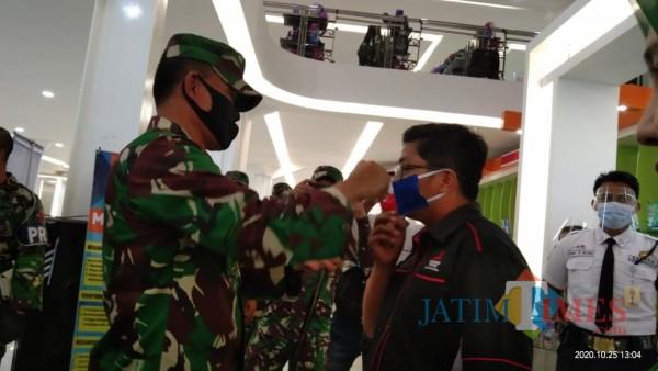 Danrem 081/DSJ dan As Ops Kodam Brawijaya Tinjau Pelaksanaan Operasi Yustisi Tulungagung