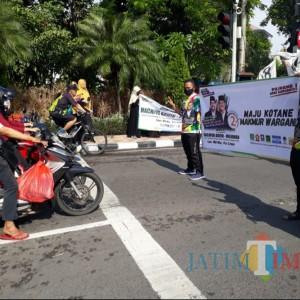 Barisan Pemuda Partai Islam di Surabaya Flashmob Dukung Pasangan MAJU