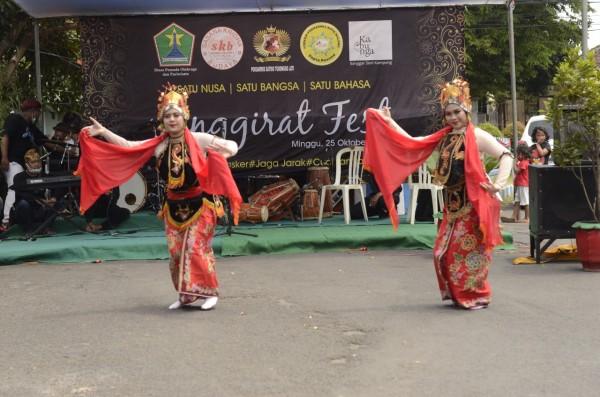 Penari saat menyuguhkan tarian cantiknya di hadapan penonton Jenggirat Fest (Istimewa).
