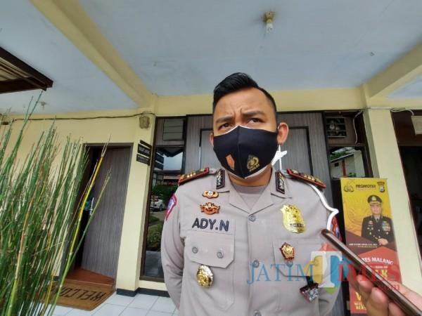 Kasat Lantas Polres Malang AKP Ady Nugroho saat ditemui awak media di Mapolres Malang, Senin (26/10/2020). (Foto: Tubagus Achmad/MalangTimes)