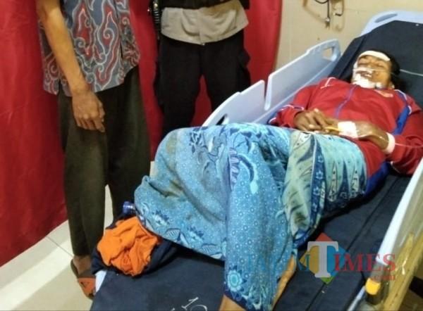 Mirah dirawat intensif di rumah sakit