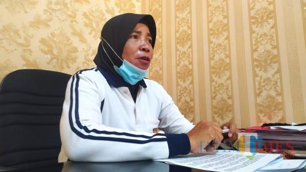 Kanit PPA Satreskrim Polres Jombang Ipda Agus Setiyani saat diwawancarai. (Foto : Adi Rosul / JombangTIMES)