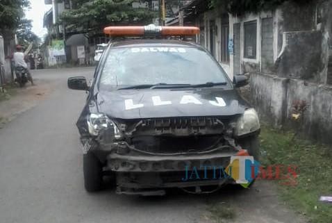 Kecelakaan Mobil Dishub dengan Sepeda Motor di Blitar, Tak Ada Korban Jiwa