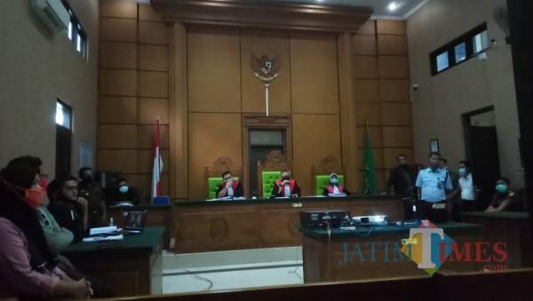 Sidang, pembacaan tuntutan dari JPU terhadap terdakwa pembunuhan di Kecamatan Galis 26 April 2020 lalu di gelar secara virtual (Foto/ Redaksi JatimTIMES)