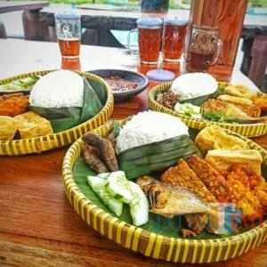 Nikmatnya Kuliner Ndeso ketika Berkunjung ke Tirtosari View Lumajang