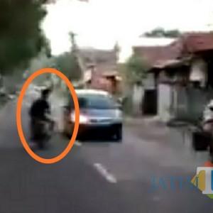 Polisi Kejar Pria Tulungagung yang Ugal-ugalan Di Jalan Raya, Video Aksinya Viral