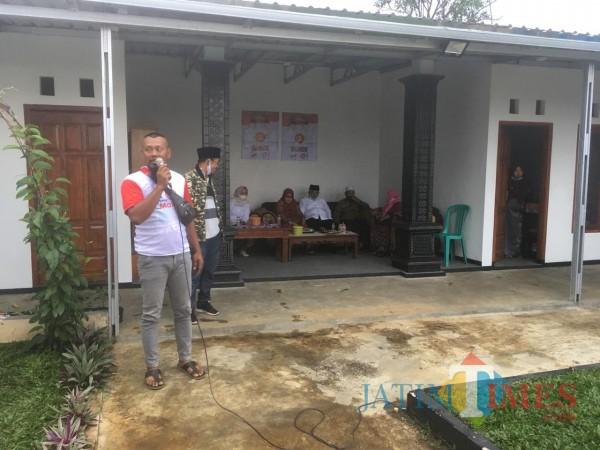 Agus Zainuri atau yang akrab disapa Cak Pentol saat menyampaikan harapannya kepada sosok calon Bupati Malang periode 2021 mendatang (Foto : Ashaq Lupito / MalangTIMES)