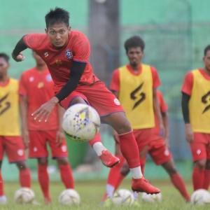 Khawatirkan Semangat Pemain, Kapten Arema Sepakat Kompetisi Liga 1 2020 Dihentikan