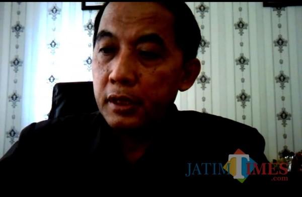 Kepala BPS Kota Malang, Sunaryo dalam rilis inflasi Oktober secara virtual (screenshot Zoom)