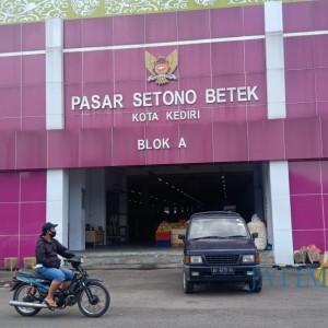 Blok A Pasar Setono Betek Sepi, PD Pasar Relokasi 70 Persen Pedagang